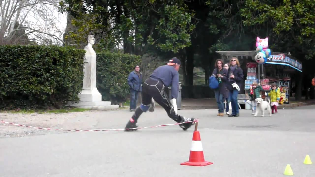 Franco Pulicati 1938 – Limbo Roller Skate Guinness World Record