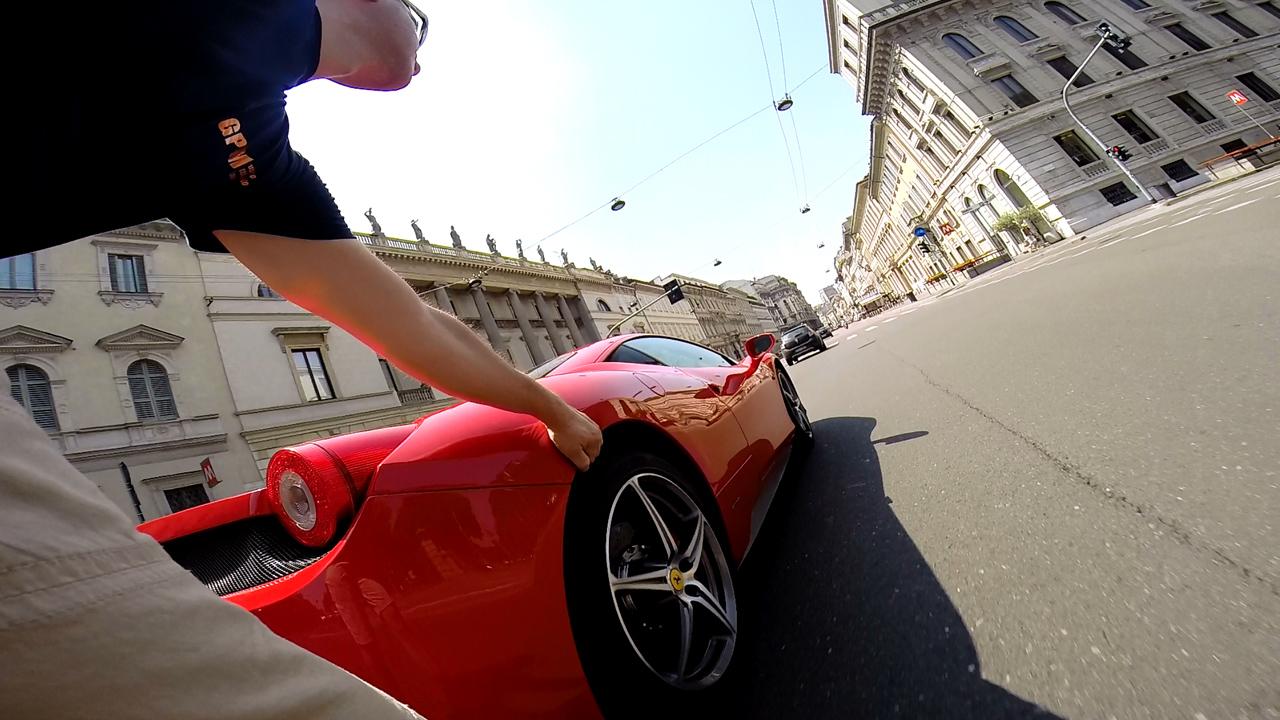 RollerQUAD VS Ferrari 458 Italia